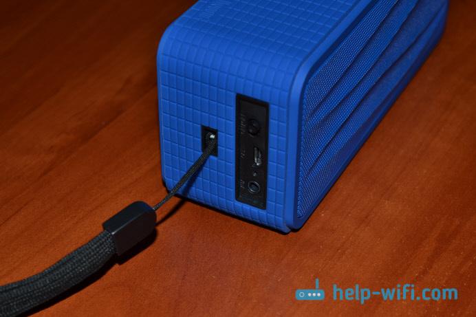 Разъемы портативной акустики  Divoom Onbeat 200 BT (blue)