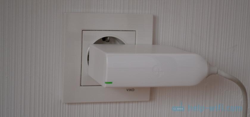 Mesh Wi-Fi система с соединение через электрическую сеть